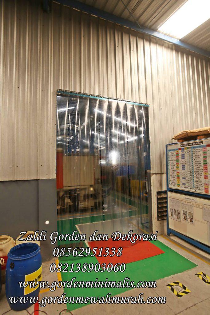 Gorden PVC transparan untuk di gudang